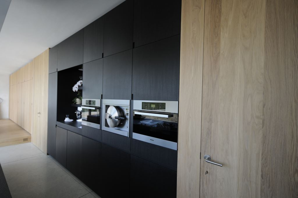 Achterwand Keuken Mdf : Fenolico met granieten tablet